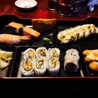 Photo taken at Thai Hana Restaurant & Sushi Bar by Cheryl B. on 11/11/2014