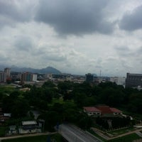 Photo taken at Kinta Riverfront Hotel & Suites by Ariff S. on 11/1/2012