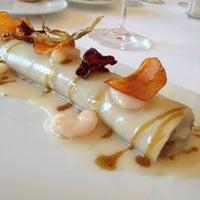 Foto tomada en Restaurant Villa Más por Lorena R. el 10/28/2012