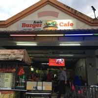 Photo taken at Amir Garsia Cafe by Norakhbar O. on 9/20/2017