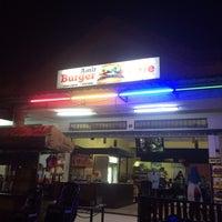Photo taken at Amir Garsia Cafe by Norakhbar O. on 8/8/2016