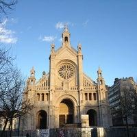Foto scattata a Place Sainte-Catherine / Sint-Katelijneplein da Margaux M. il 1/30/2013