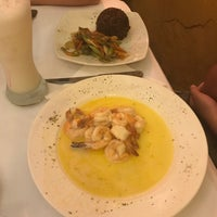 Foto tirada no(a) Donde Olano Restaurante por Cristian G. em 3/18/2018