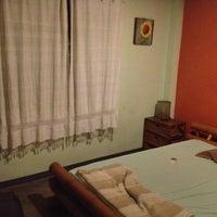 12/17/2012 tarihinde Stephanie G.ziyaretçi tarafından HI Sukhumvit Hostel'de çekilen fotoğraf