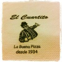 Foto tirada no(a) El Cuartito por Cicilia M. em 9/22/2012