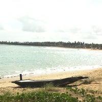 Foto tirada no(a) Praia de Tabuba por Luiz Henrique A. em 1/14/2013