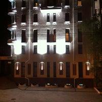 Снимок сделан в Staro Hotel пользователем Viktor S. 5/9/2013