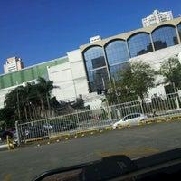 Foto tirada no(a) Shopping Jardim Sul por Adega R. em 10/15/2012