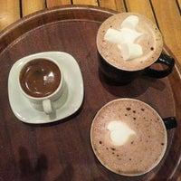 11/15/2013 tarihinde M.İpek D.ziyaretçi tarafından Gloria Jean's Coffees'de çekilen fotoğraf