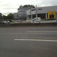 Foto scattata a Duque de Caxias da Leiz B. il 1/4/2013