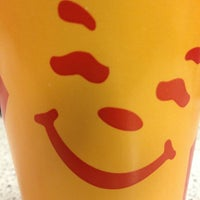 Photo taken at Carl's Jr. by Gabriela I. on 1/31/2013