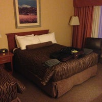 Photo taken at Travelodge Hotel & Conference Centre Regina by Joe T. on 3/19/2013