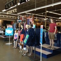 Photo taken at Old Navy by Craig H. on 6/30/2013