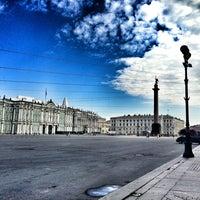Снимок сделан в Дворцовая площадь пользователем Ne💲tle 7/8/2013