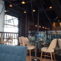 3/7/2014 tarihinde Gülsev Ç.ziyaretçi tarafından Starbucks'de çekilen fotoğraf