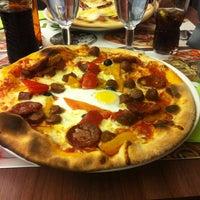 Photo taken at Pizza Del Arte by Mirana Cynthia on 7/4/2014