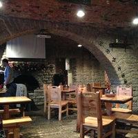 Снимок сделан в Baieri kelder Restaurant пользователем Денис М. 1/1/2013