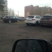 Photo taken at Стоянка на Ленинградке by Роман Н. on 5/18/2013