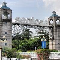 Foto tomada en Resorts World Sentosa por Felix S. el 3/6/2013