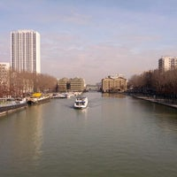 Photo taken at Canal de l'Ourcq by Fernando on 2/16/2013