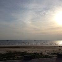 Photo taken at 料羅海濱公園 by Chung-Hsine L. on 7/5/2013