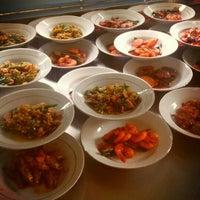 Photo taken at Restoran Datuk Padang by Enal I. on 1/12/2013
