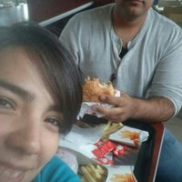 Photo taken at Burguer King by Ana R. on 7/15/2014