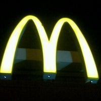Photo taken at McDonald's by Beverly G. on 11/25/2012