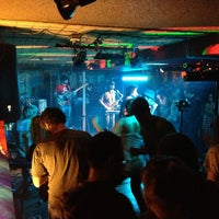 6/16/2013 tarihinde brian u.ziyaretçi tarafından Goodfoot Pub & Lounge'de çekilen fotoğraf