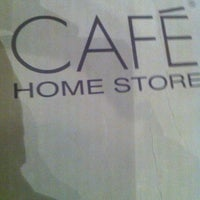 Das Foto wurde bei Home Store Cafe von tarık am 3/29/2013 aufgenommen