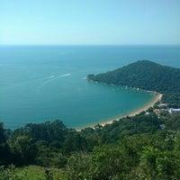 Photo taken at Mirante Oceano by Sâmia M. on 4/23/2016