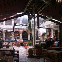 Photo prise au Taşhan Historical Bazaar par Ozkan U. le3/19/2013