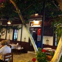 5/18/2013 tarihinde Tolga Ş.ziyaretçi tarafından Köşk Restaurant'de çekilen fotoğraf