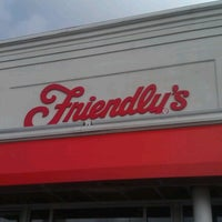 Photo taken at Friendly's by Ayala P. on 10/20/2012
