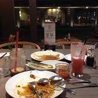Photo taken at Table 9 by Felix S. on 10/7/2013