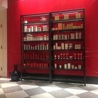 Foto tirada no(a) The Red Door Salon & Spa Union Square por Grace em 2/15/2018