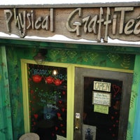 Photo taken at Physical Graffitea by AndresT5 on 2/10/2013