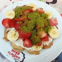 Photo taken at Waffle'cı Akın by Ayça S. on 3/24/2013