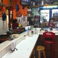 Photo taken at Tacos El Güero by Vania S. on 7/30/2013