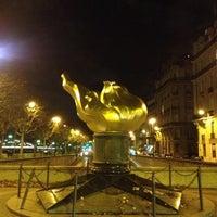 11/25/2012 tarihinde Emziyaretçi tarafından Flamme de la Liberté'de çekilen fotoğraf