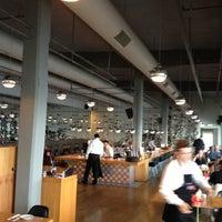 11/14/2012 tarihinde Berilziyaretçi tarafından Restoran İstanbul Modern'de çekilen fotoğraf