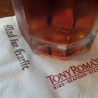 Photo taken at Tony Roma's Ribs, Seafood, & Steaks by nana m. on 6/27/2013