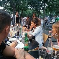 Foto diambil di Delaville Café oleh Nicolas M. pada 7/29/2013