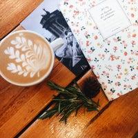 Снимок сделан в Rudy's Coffee to Go пользователем Верочка Б. 10/8/2014