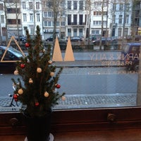 Photo taken at MARNIX & ALLY by An-Katrien D. on 12/14/2012