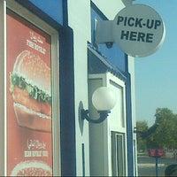 Photo taken at Burger King by » ₳  M  € « on 1/18/2013