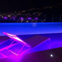 Foto tomada en Hotel Holiday Inn Bucaramanga Cacique por Alexander M. el 12/29/2013