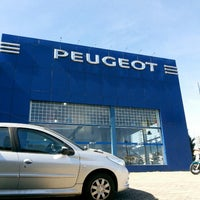 Photo taken at Peugeot Passion by Jonatas D. on 5/2/2013