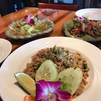 Photo taken at Spice Thai & Sushi by Anuwat A. on 3/20/2017