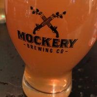 Foto tirada no(a) Mockery Brewing por David S. em 12/30/2017